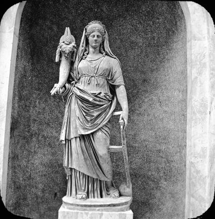 Déesse romaine Fortuna avec corne d'abondance